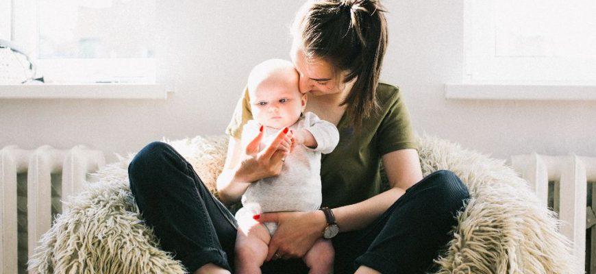כאבי גב ואגן לאחר לידה: טיפים ותרגילים